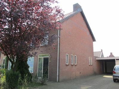 De Klumper 19 in Lieshout 5737 AZ