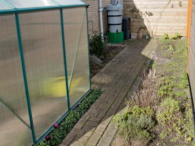 Vaartweg 9 in Oosterhout 4905 BK