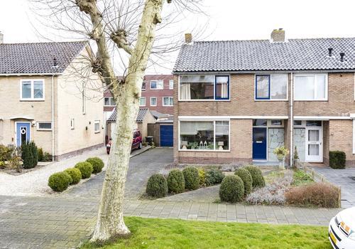 Eugenie Previnaireweg 39 in Nieuw-Vennep 2151 BB