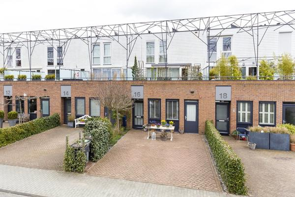 Herfstpark 16 in Nieuw-Vennep 2152 EB