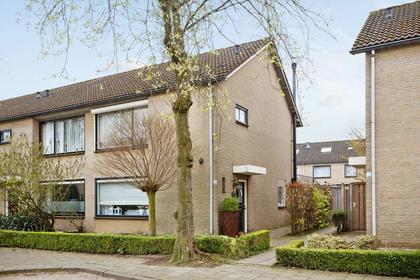 Willem-Alexanderstraat 16 in Mierlo 5731 BE