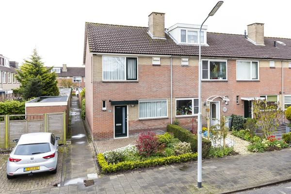 Kerkstraat 141 in Nieuw-Vennep 2153 BH