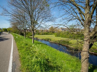 Oostdijk 28 in Hellevoetsluis 3223 CB