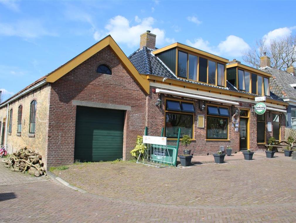 Terp 13 in Wiuwert 8637 VH