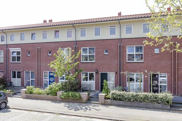 Mambo 34 in Nieuw-Vennep 2152 ST
