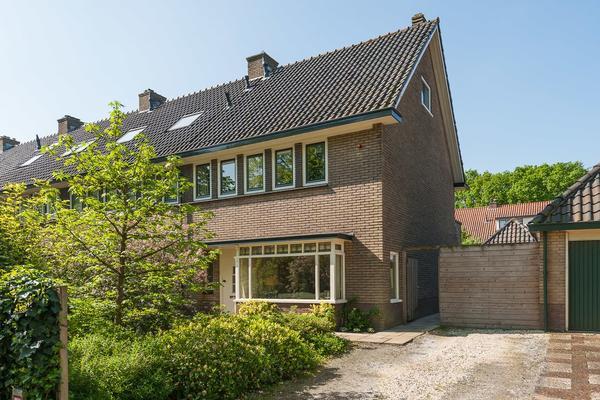 Gijsbrecht Van Amstelstraat 415 in Hilversum 1216 CA
