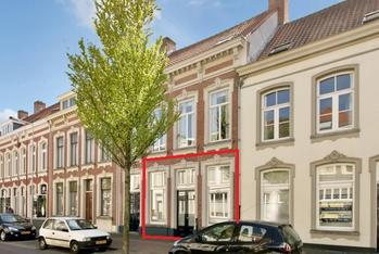 Antwerpsestraat 8 in Bergen Op Zoom 4611 AG