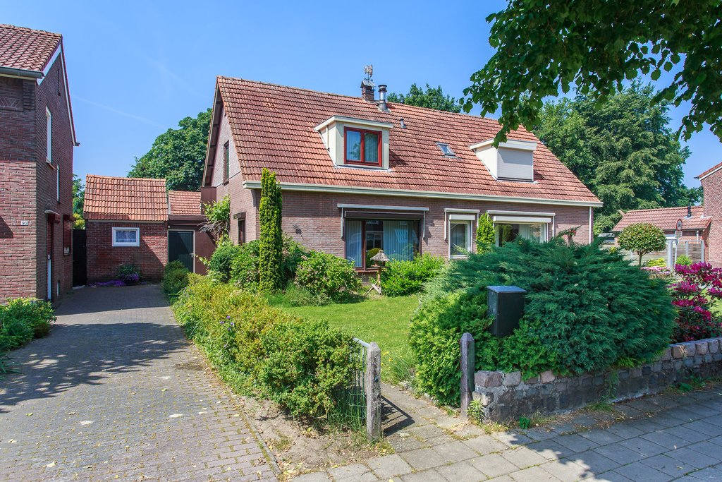 Scholtinkstraat 88 in losser 7581 gs: woonhuis. straatman makelaardij