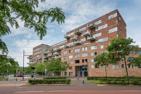 Middeldijkerplein 114 in Barendrecht 2993 DL