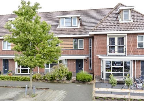 Rodelindalaan 51 in Nieuw-Vennep 2152 PN