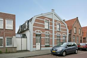Hezelaarstraat 8 in Veghel 5461 GB