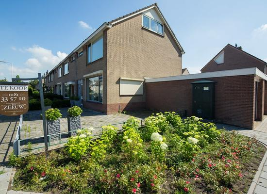 Schoolstraat 13 in Abbenbroek 3216 AT