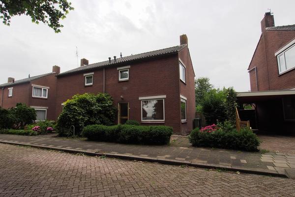 Raadhuisstraat 12 in Wijdenes 1608 ER