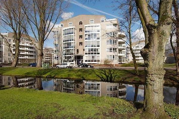Badhuislaan 12 in Voorburg 2273 DR