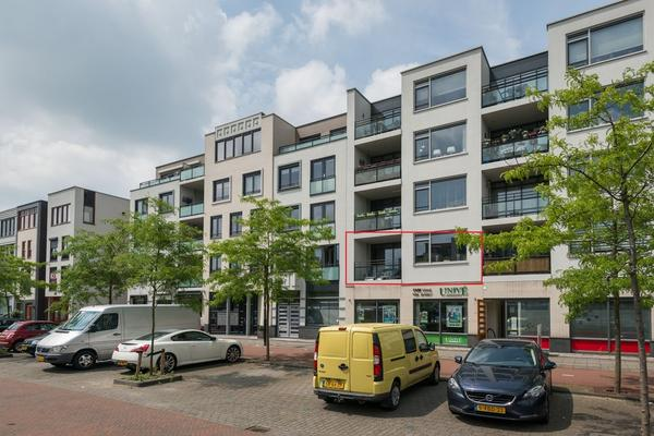 Avenue Carnisse 270 in Barendrecht 2993 ML
