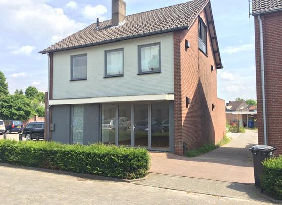Wilhelminastraat 8 in Panningen 5981 XW
