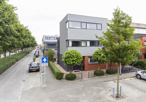 Wechelerveld 64 in Nieuw-Vennep 2151 JC