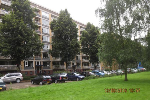 Karel Doormanlaan 122 in Utrecht 3572 NM