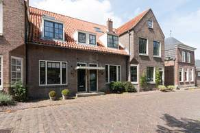 Adriaan Dortsmanplein 6 in Naarden 1411 RC