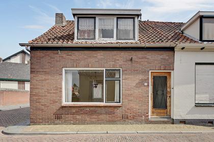 Nieuwe Kerkstraat 33 in Yerseke 4401 BH