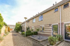 Witsandstraat 25 in Hellevoetsluis 3223 HX