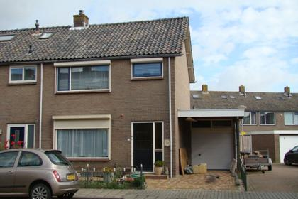 Mr P S Gerbrandystraat 15 in Zuidland 3214 XM