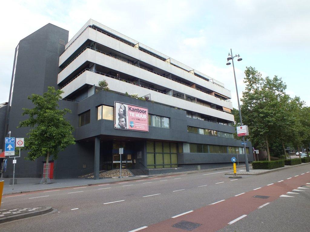 Geleenstraat 71 in heerlen 6411 hx: appartement. loomans