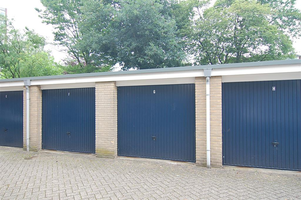 Garage Huren Apeldoorn : Staringlaan in apeldoorn 7314 lp: garagebox. ik wil huren