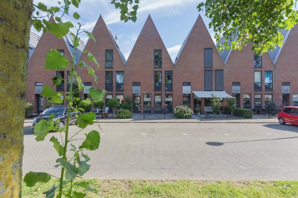 Grenadierspoort 18 in Nieuw-Vennep 2152 EE