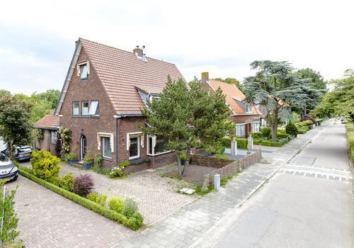 Kruisweg 897 in Hoofddorp 2132 CB