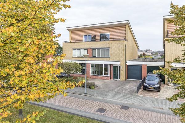 Laan Van Loevestein 14 in Nieuw-Vennep 2151 EB