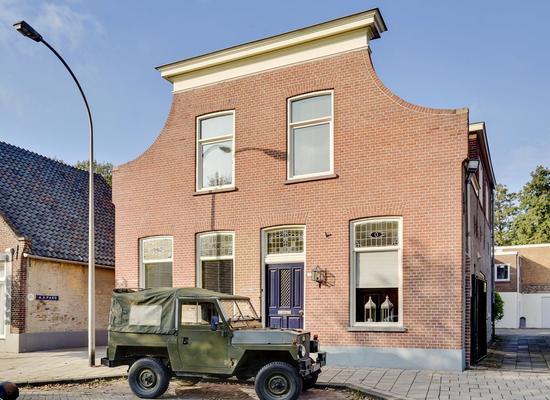 Grotestraat 17 in Waalwijk 5141 JM