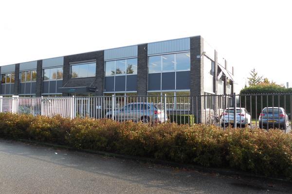 Nijverheidsweg 1 in Oudenbosch 4731 CZ