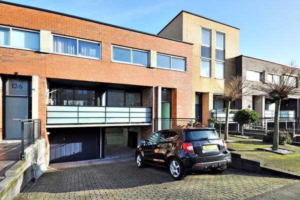 Lange Dreef 134 in Rijswijk 2285 LC