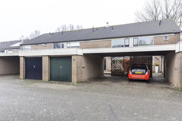 Houtrijk 34 in Nieuw-Vennep 2151 DX