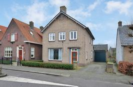 Stationsweg 12 in Drimmelen 4924 BP