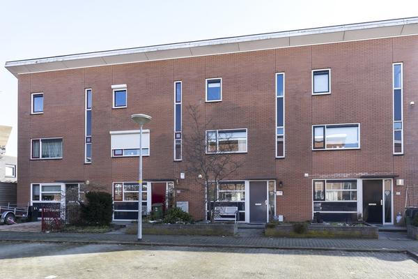 Swaenstein 47 in Nieuw-Vennep 2151 HG