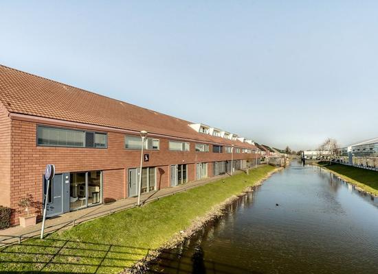 Van Essendijk 95 in 'S-Gravenhage 2497 WD
