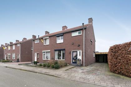 Beatrixstraat 8 in Afferden L 5851 BM