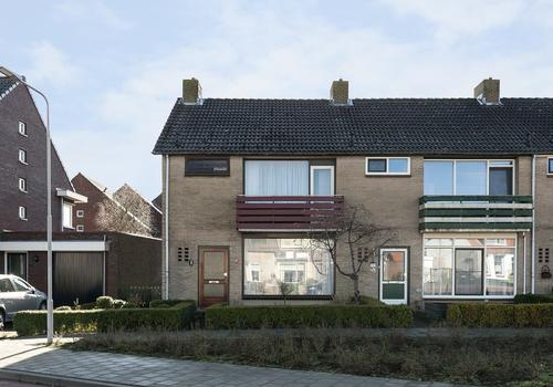 Bergstraat 1 in Kapelle 4421 EP