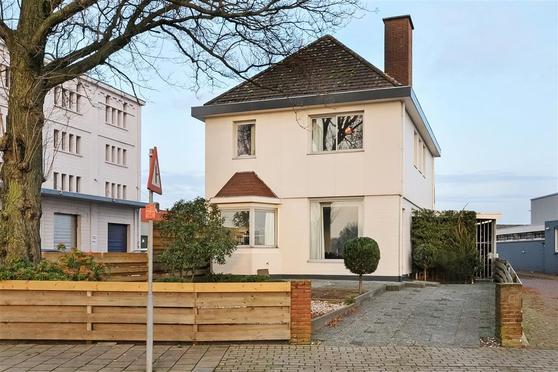 Veilingstraat 2 in Arnhem 6827 AK