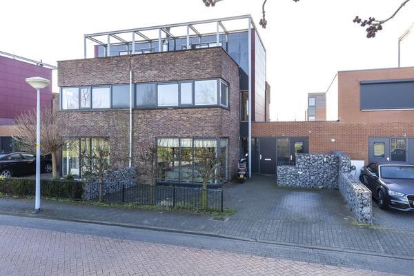 Laagveld 29 in Nieuw-Vennep 2151 JJ