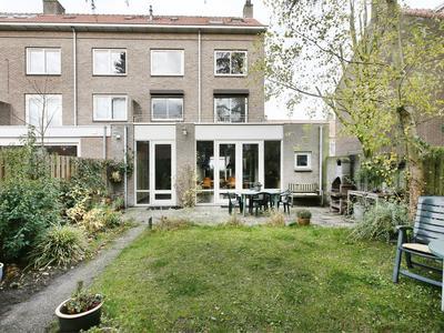 Philips De Schonestraat 28 in 'S-Hertogenbosch 5216 AK
