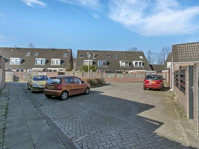 Lage Neerstraat 26 in Etten-Leur 4872 NB