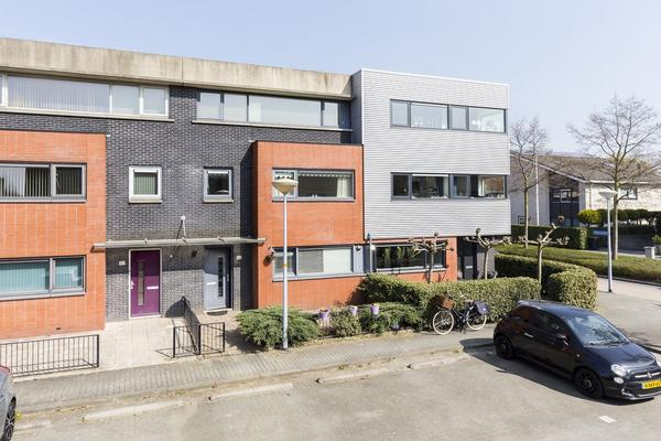 Wechelerveld 84 in Nieuw-Vennep 2151 JC