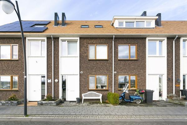 Hanzeboulevard 121 in Hooglanderveen 3829 EW