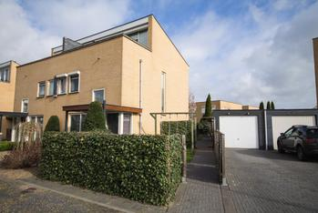 Laakse Oever 11 in Zutphen 7207 NL