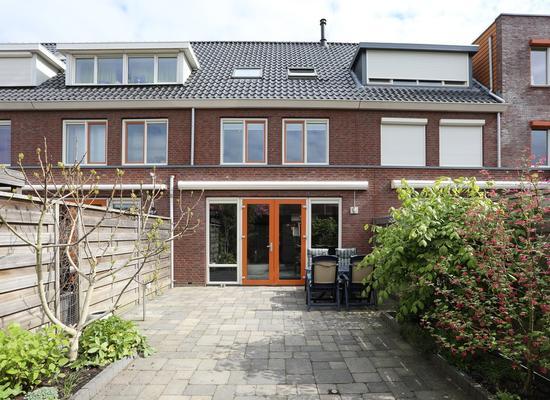 Prinses Beatrixplantsoen 6 in Hoofddorp 2131 XK