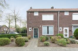 Mezenstraat 1 in Geleen 6165 TA