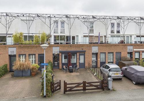 Herfstpark 20 in Nieuw-Vennep 2152 EB